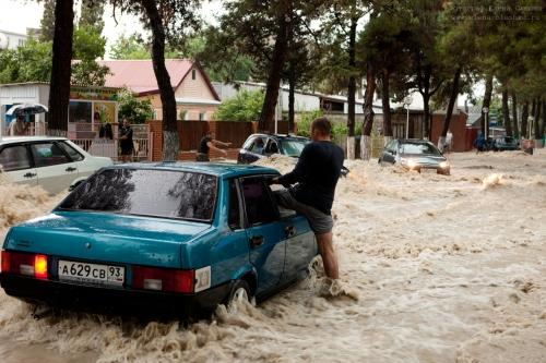Наводнение в Геленджике, июль 2012