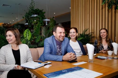 Бизнес-завтрак на тему «Как попадать в СМИ» с директором по развитию ИНТЕРФАКС - Жанной Пампура (Москва)